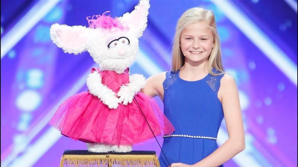 2017美国达人秀冠军:12岁腹语少女的精彩表演